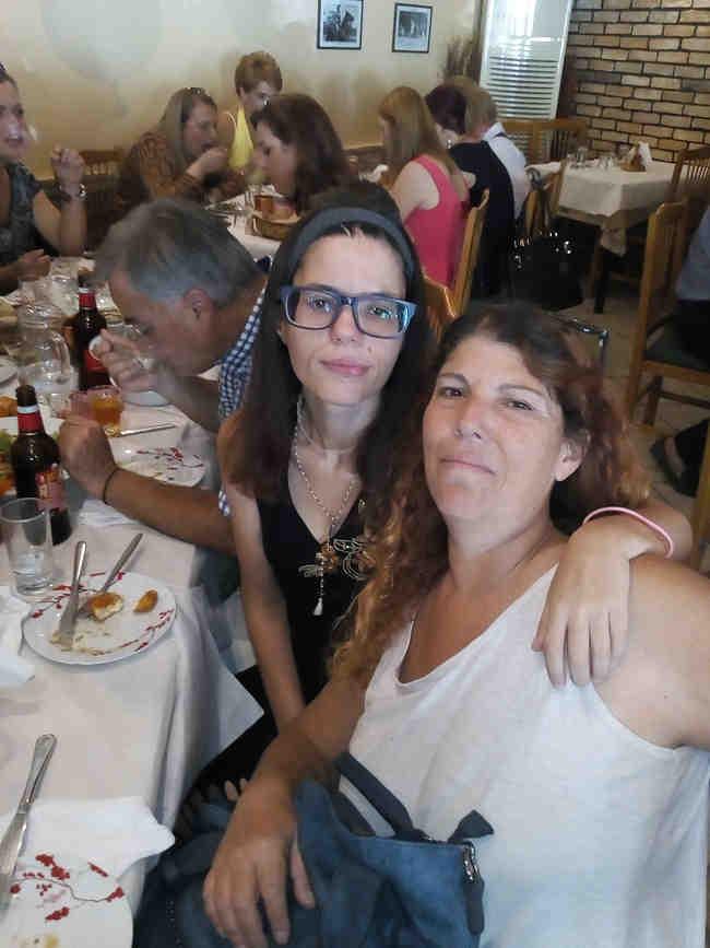 Η μητέρα Ζήνα Λιακάκου και η κόρη Αντιγόνη (μαρτυρία στα ελληνικά) 9
